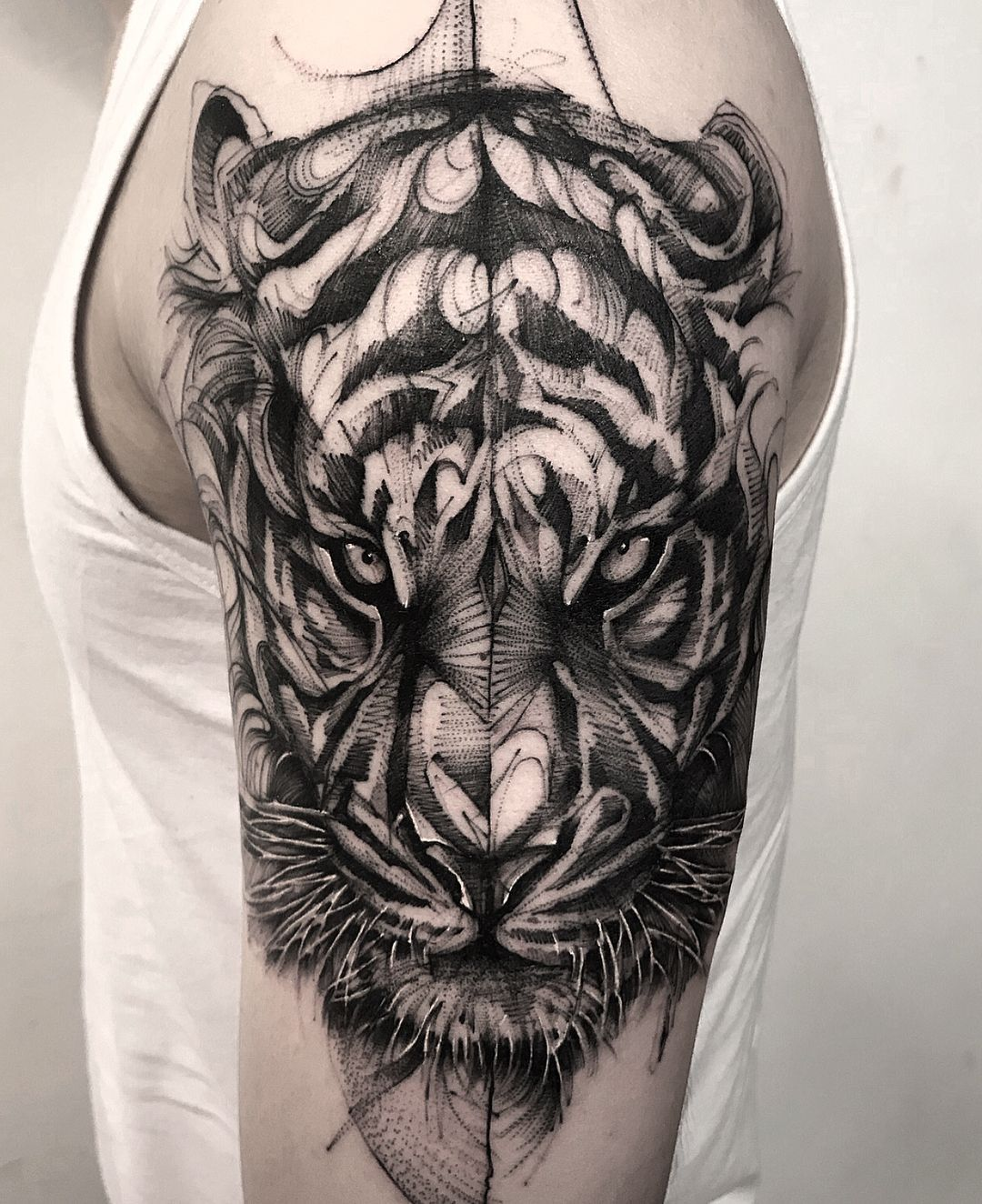 Best 25 Badass Tattoos Ideas On Pinterest: Cool Blackwork Tiger Tattoo By @bk_tattooer #AnimalTattoos