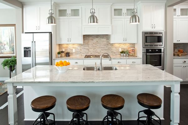 Kashmir white granite countertops ideas kitchen cabinets bar stools pendant lights also rh pinterest