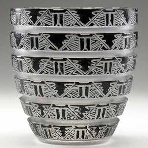lalique lagamar vase of frosted glass with original black enamel c 1926 m p 432 no 967 etched r lalique 7 14 x 7