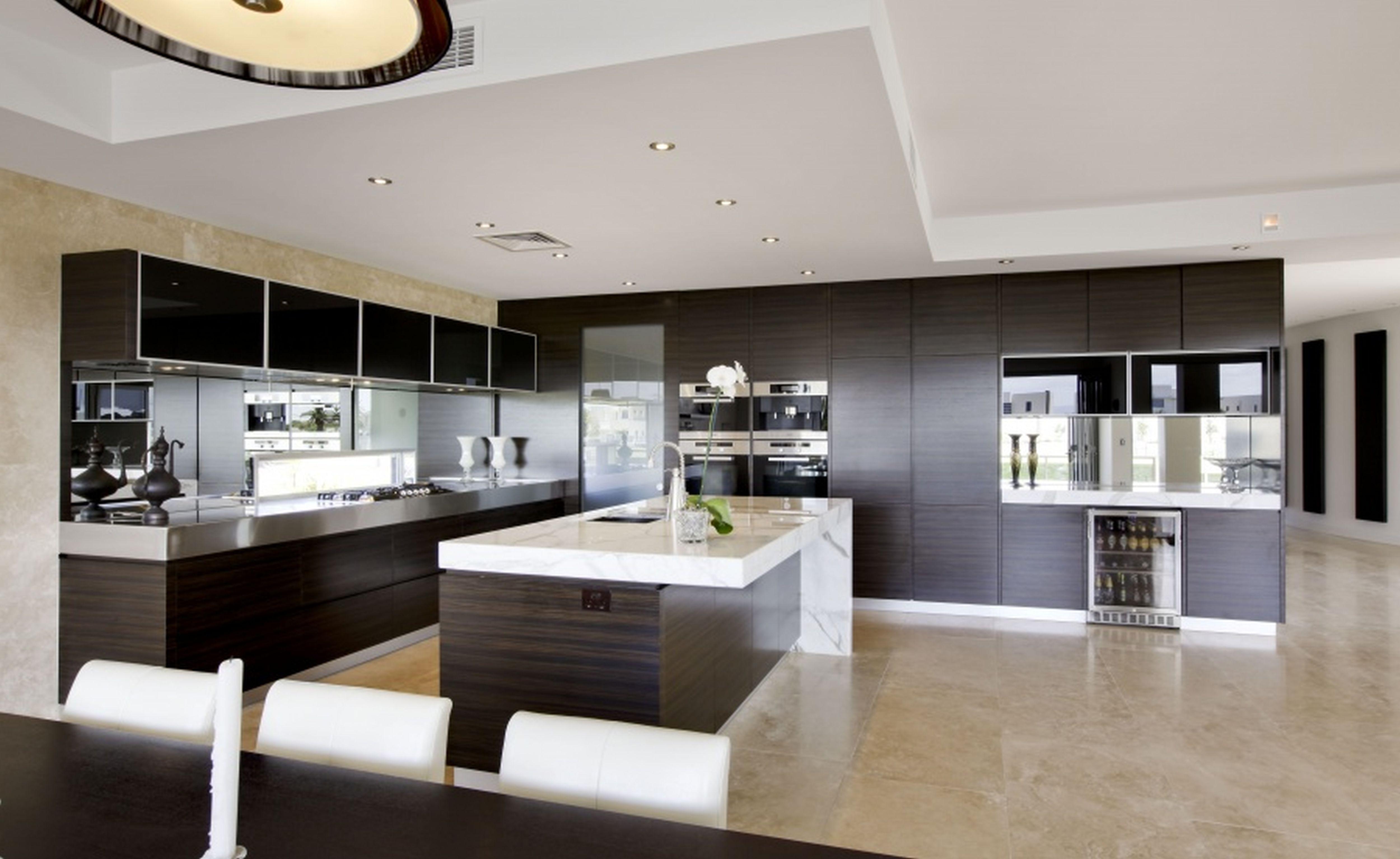 Modern mad home interior design ideas beautiful kitchen for Big island kitchen design
