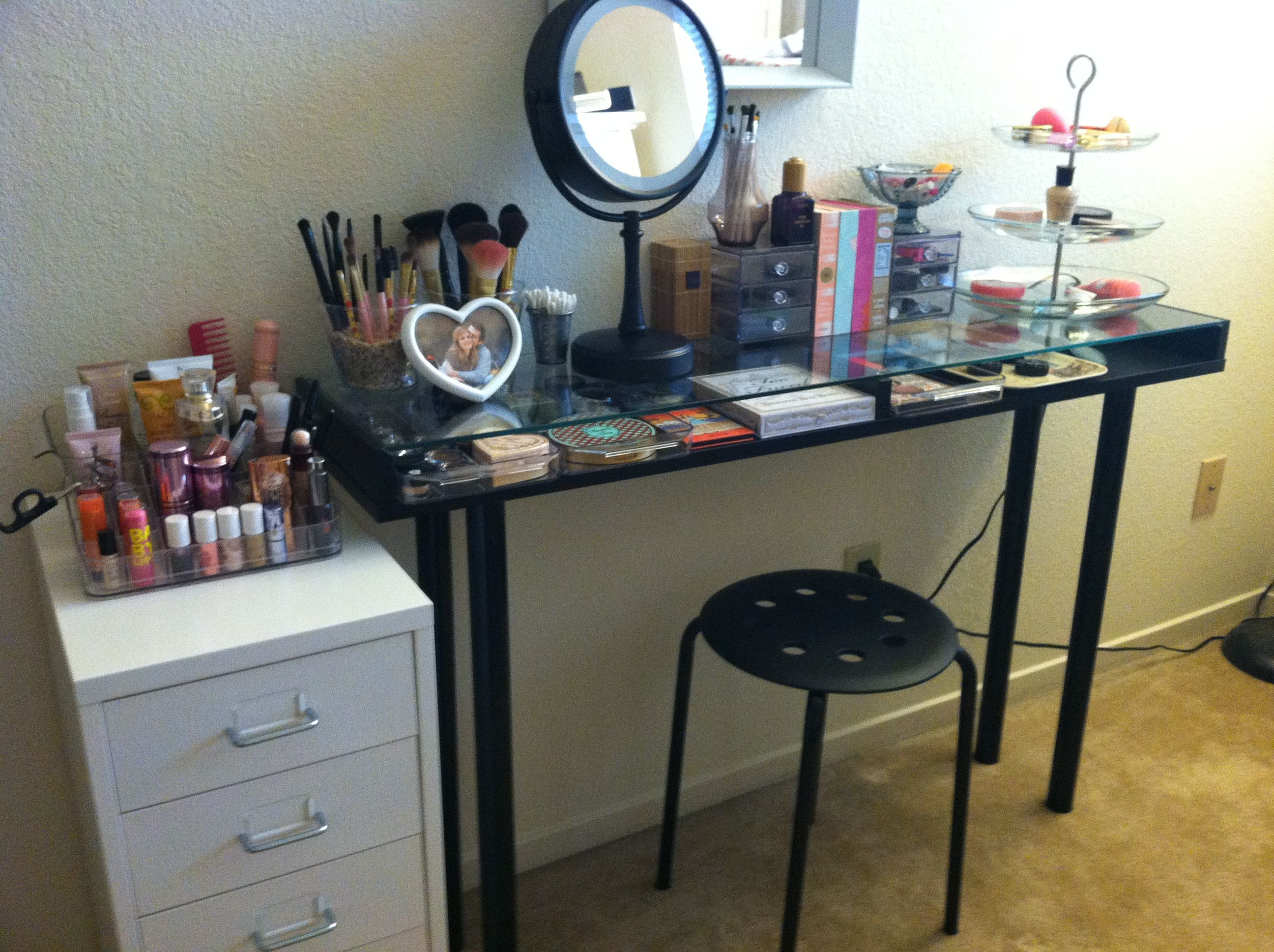 Makeup Storage: Ikea DIY Vanity