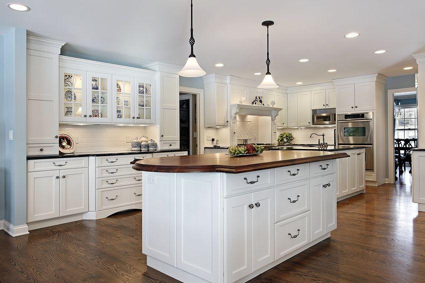moderne landhausk che k che pinterest moderne landhausk che landhausk chen und k che. Black Bedroom Furniture Sets. Home Design Ideas