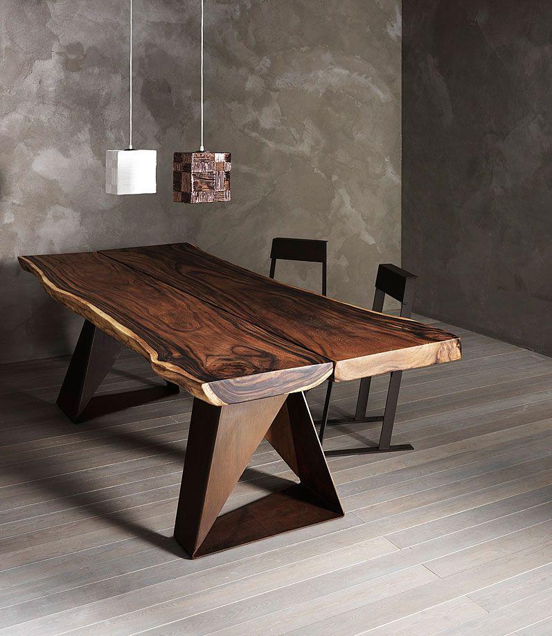 The solid oak or suar table has a wax finish for Mobili design riproduzioni