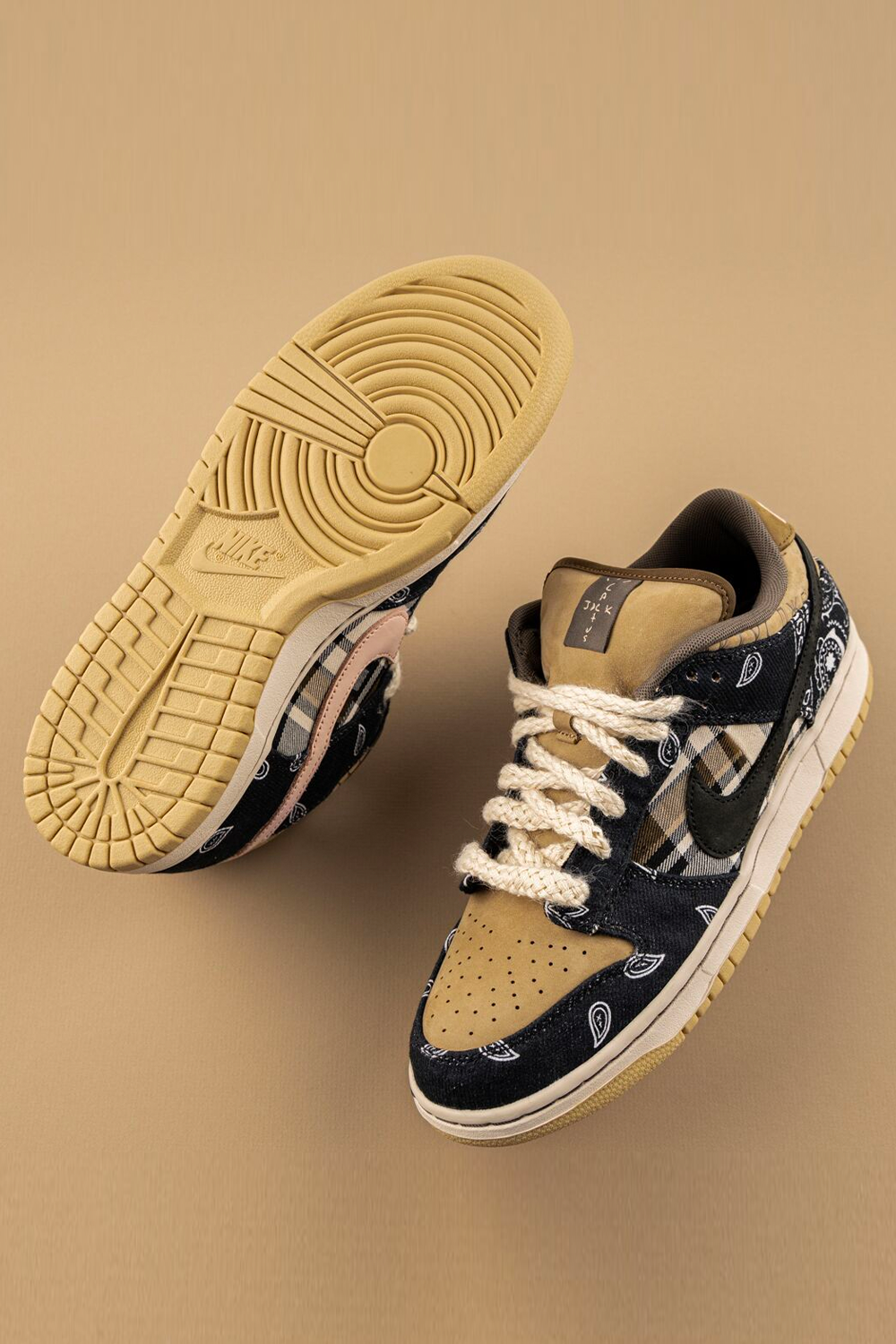 Nike Sb Dunk Low Travis Scott Ct5053 001 2020 In 2020 Hype Shoes Casual Shoes Women Travis Scott Shoes