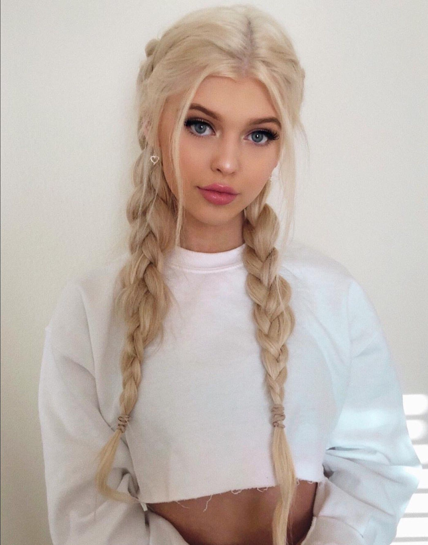 Loren Gray Hair Pinterest Gray Hair Style And Makeup