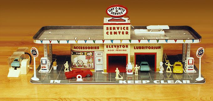 I had a gas station toy similar to this one. | 60's Stuff ...