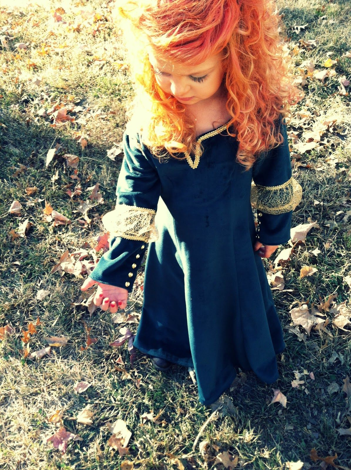 Through the Looking Glass: Merida Costume                              …