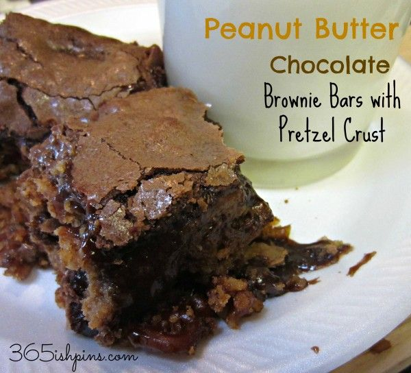 Day 322: Peanut Butter Chocolate Brownie Bars with Pretzel Crust 365(ish) Days of Pinterest #dessert #chocolate #reese's