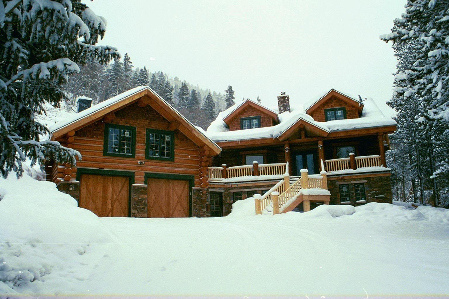 Rocky mountain log cabin log cabins pinterest log for Mountain cabin homes