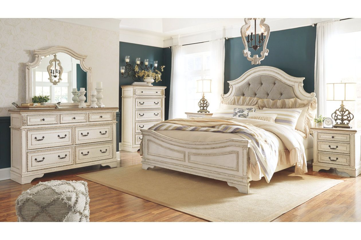 Best Realyn Queen Upholstered Panel Bed Ashley Furniture Homestore White Panel Bedroom Set King 400 x 300