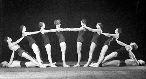 Study of Movement, Group, 1928, photo: Alexander Danilovich Greenberg, Moscow House of Photography Museum