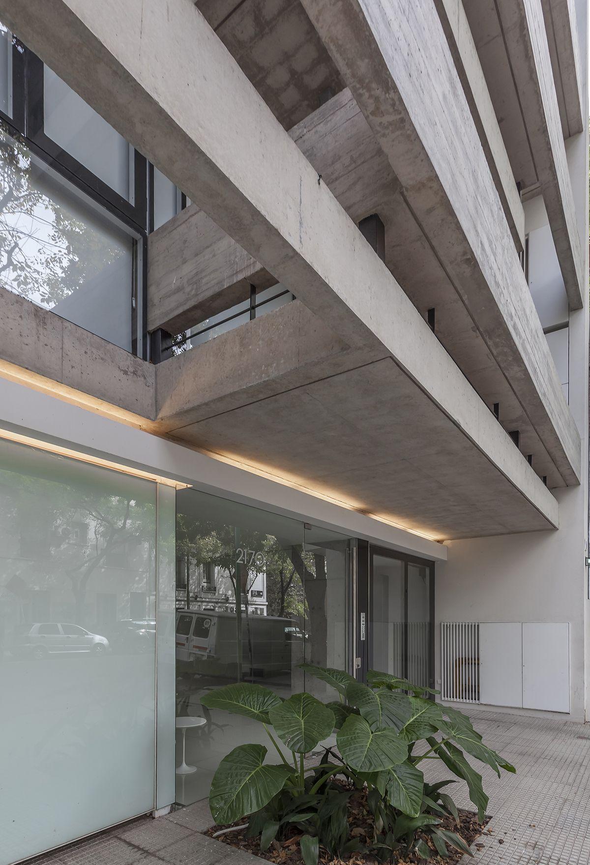 Ravignani 2170 edificios entre medianeras complejos de for Fachadas de casas modernas en la ciudad