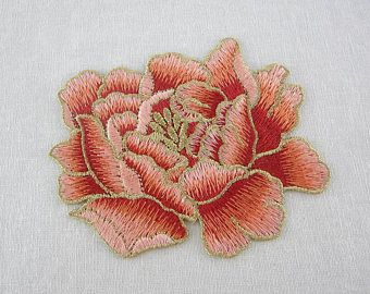 Pink gold floral applique embroidery flowers aplicaciones