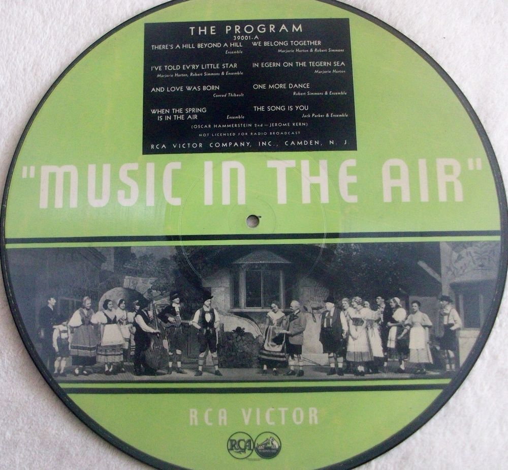 "Big 50% Discount Auction !!!     MUSIC IN THE AIR - RCA Victor 39001A / B 78rpm 12""  picture record rarest! #78rpm #Schellackplatte"