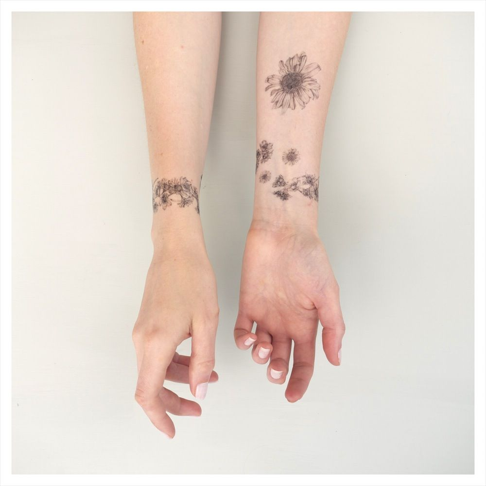 Image of nature girl daisy chains temporary tattoo kit temporary image of nature girl daisy chains temporary tattoo kit solutioingenieria Gallery