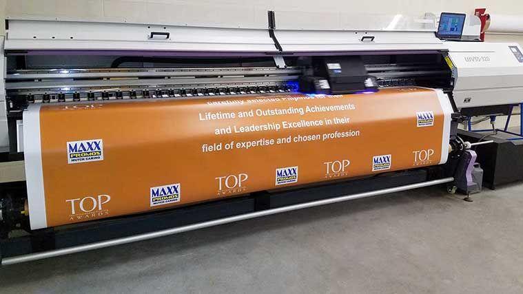 Custom Banners Outdoor Vinyl Fabric Mesh Banners For Business In La Mesh Banner Custom Banners Banner Printing