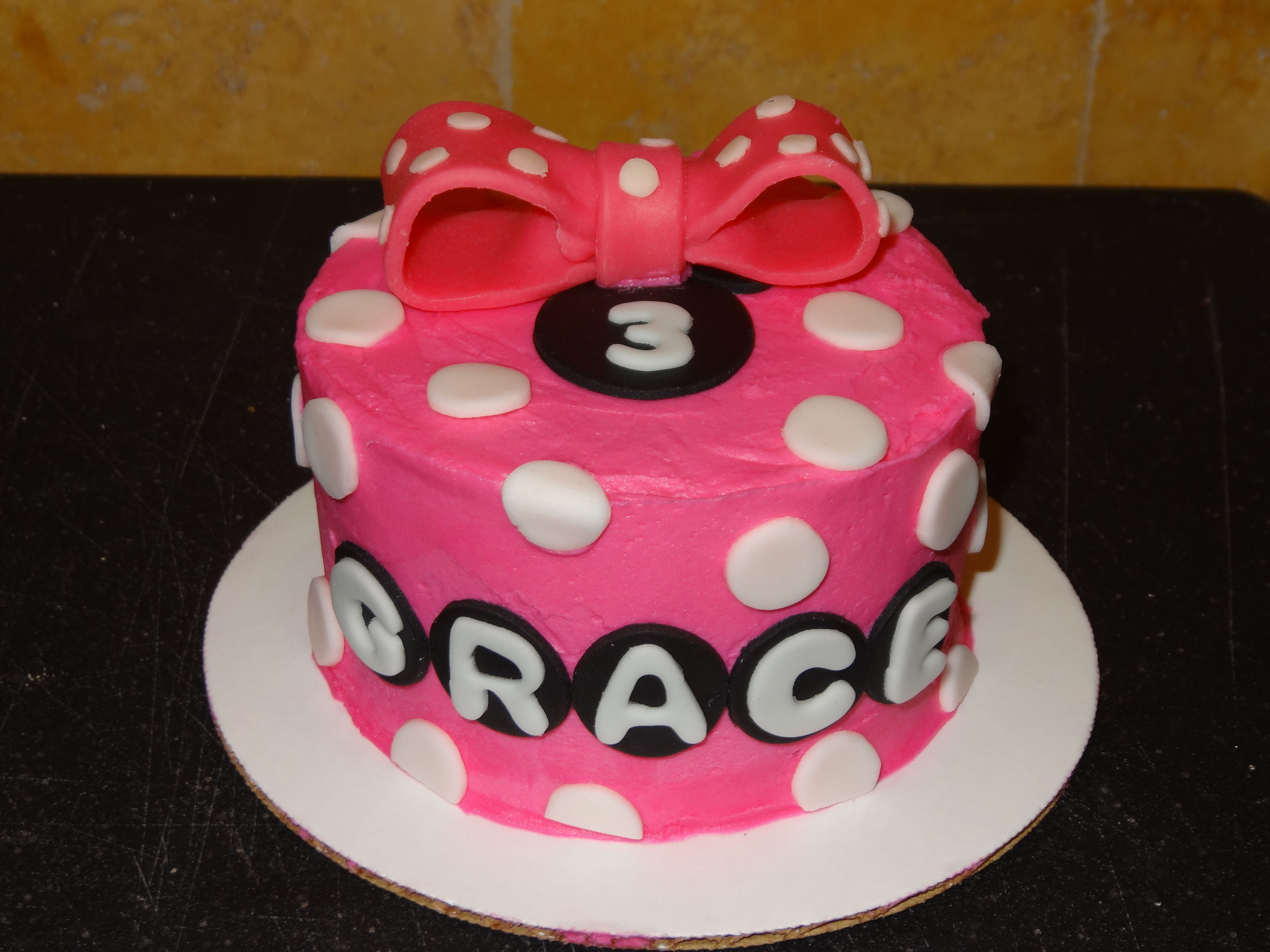Minnie mouse smash cake kaceescreations with images