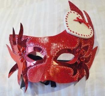 Tuto masque v nitien rouge masques v nitiens pinterest rouge - Masque de loup a fabriquer ...