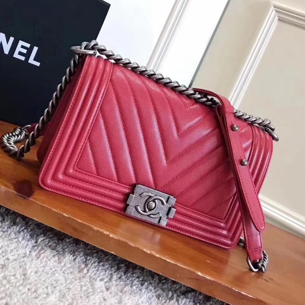 38d3d4dbe937 Chanel Chevron Grained Calfskin Medium Boy Flap Bag Red 2017 ...
