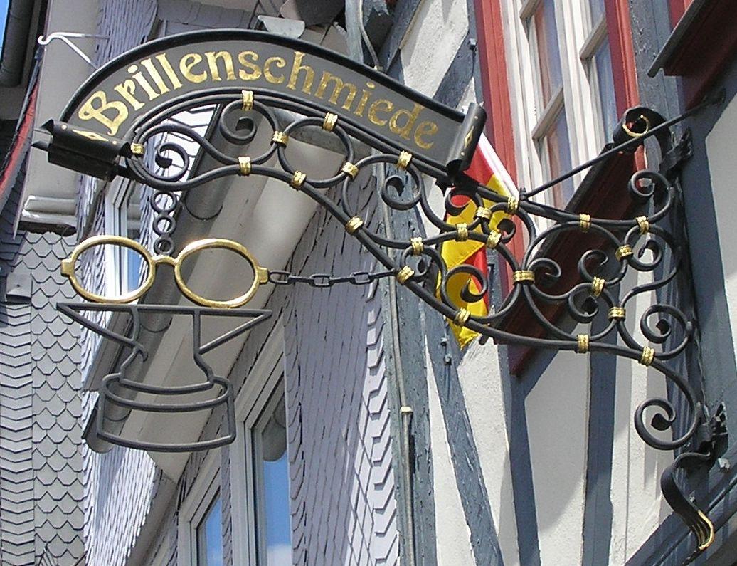 Bad Hersfeld - Brillenschmiede   uithangborden - Duitsland   Pinterest