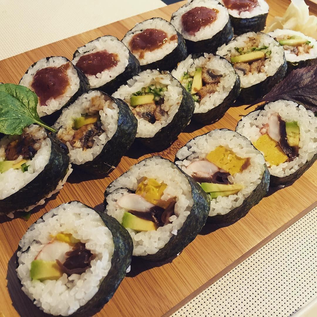 Sushi Time Sushi Makis Japones Japanesefood Californiaroll