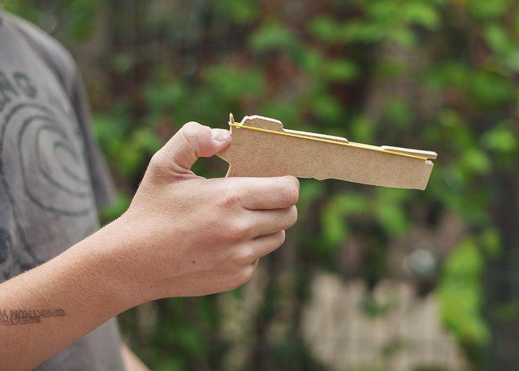 How do you make rubber band guns?