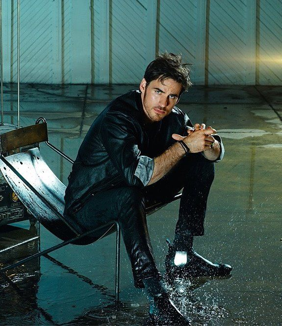 21 Hot Irish Lads We D Let Steal Our Pot Of Gold Colin O Donoghue Hot Irish Bello Magazine