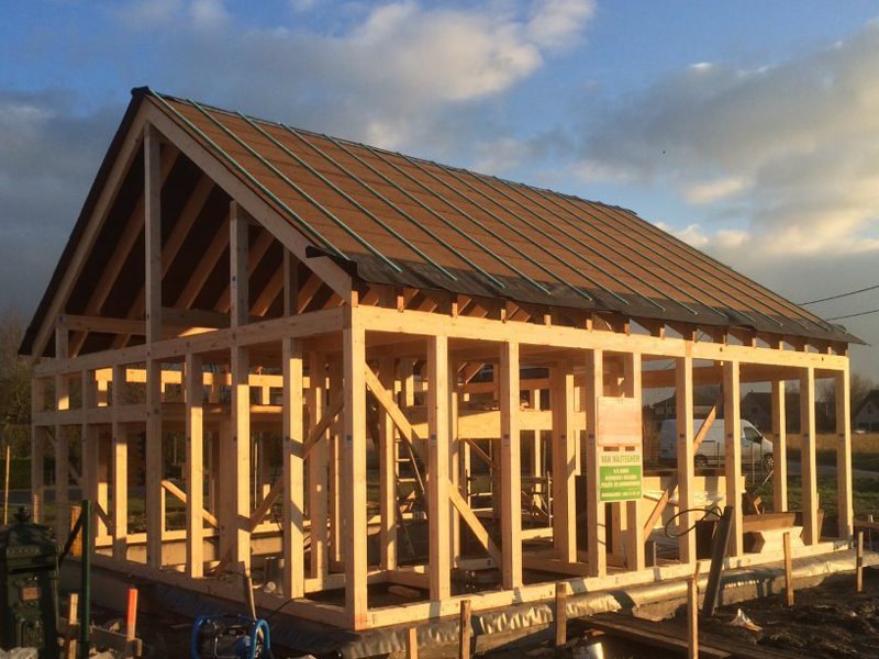 Power Build Structures In Europe Timber Frame Building Timber Frame Construction Timber House