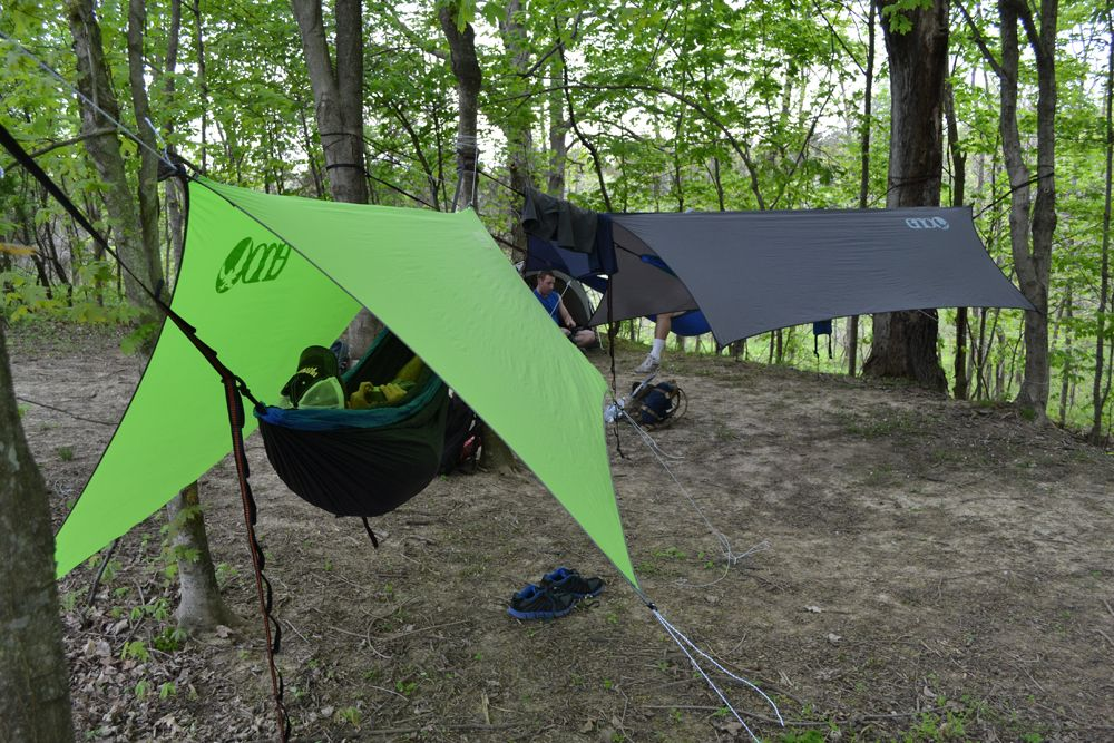 tent camping for long distance backpacking. I'm leaning towards hammock  camping for summer hikes in the eastern U. Here are five reasons to switch  from a ... - CampFireVibes - Researching Hammock Camping Vs. Tent Camping For