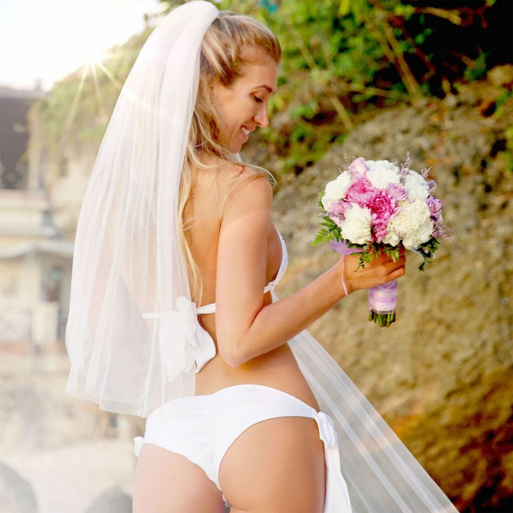 Vanessa Rivers Beach Wedding Vail By Ovias Summerlove Swimwear Sandy
