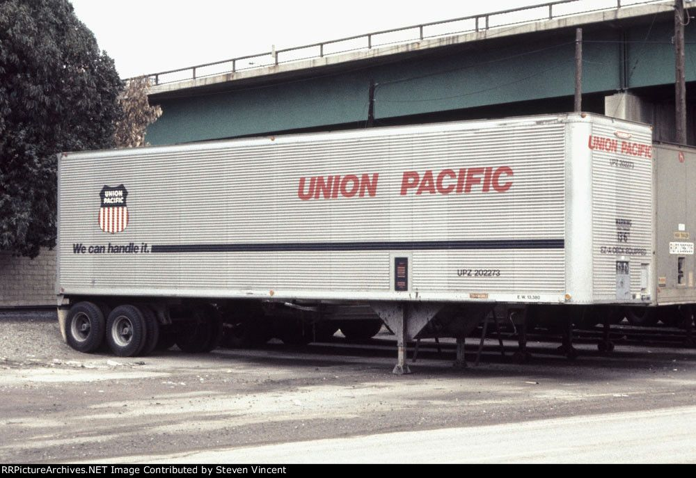 Union Pacific TOFC Trailer 202273 UPZ 202273 Built by Trailmobile