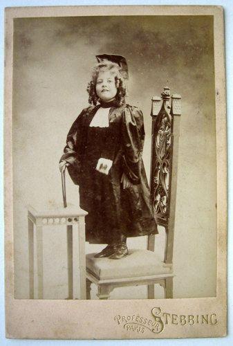 GRAND CDV PHOTO XIX PROFESSEUR STEBBING à PARIS ENFANT COSTUME JUGE d513   eBay