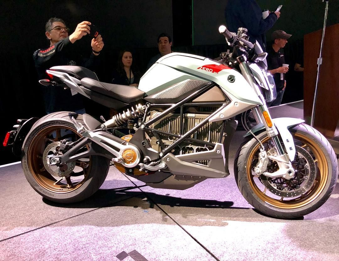 Turntwo Motorcycles Wow The All New 2020 Zero Sr F The Future