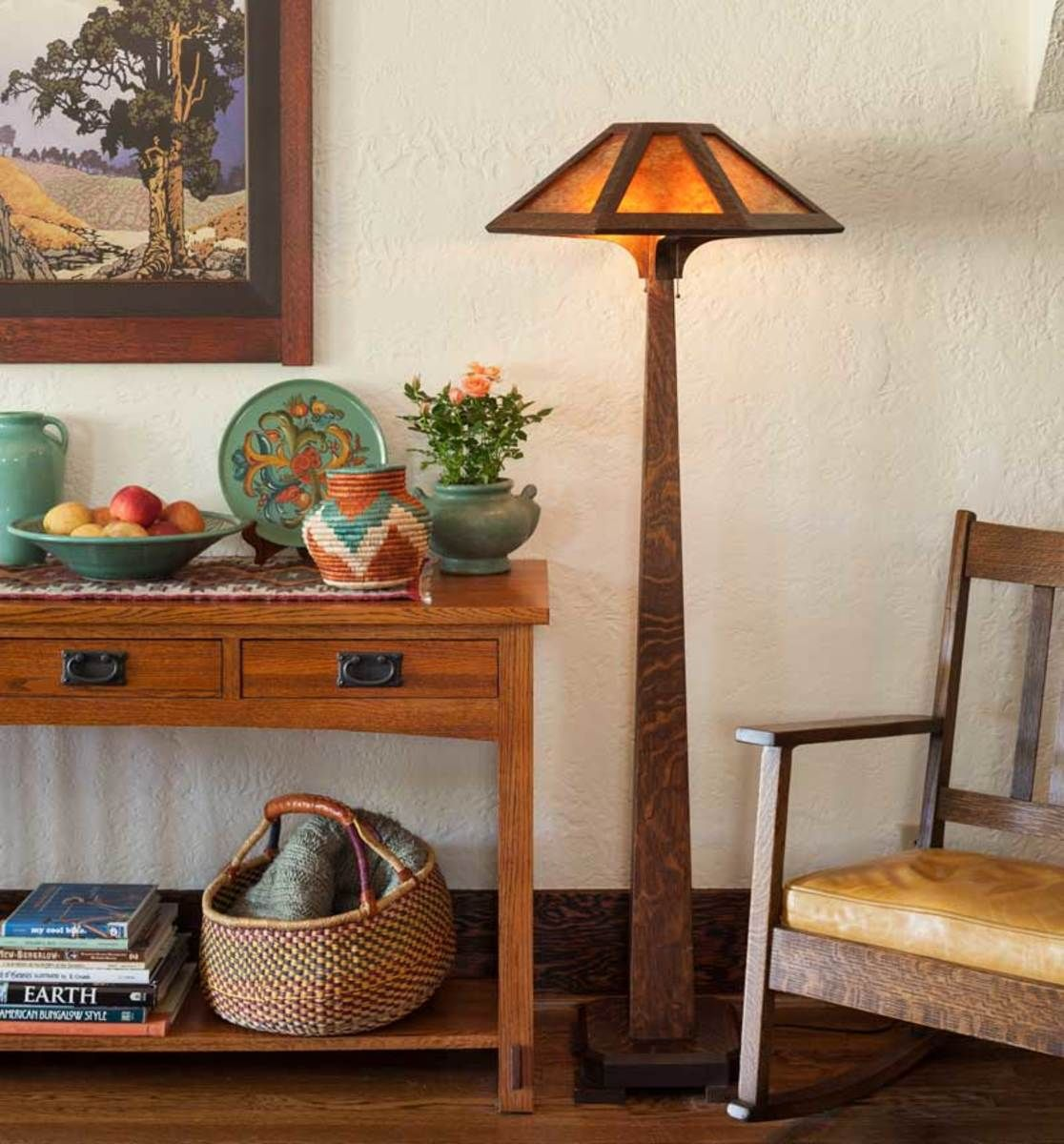 A Royal Craftsman Quarter Sawn Oak Side Table In The Living Room Holds Ca