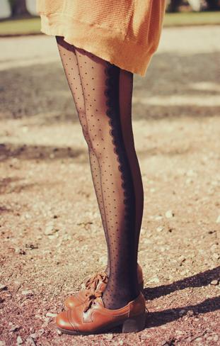 lace + dots tights