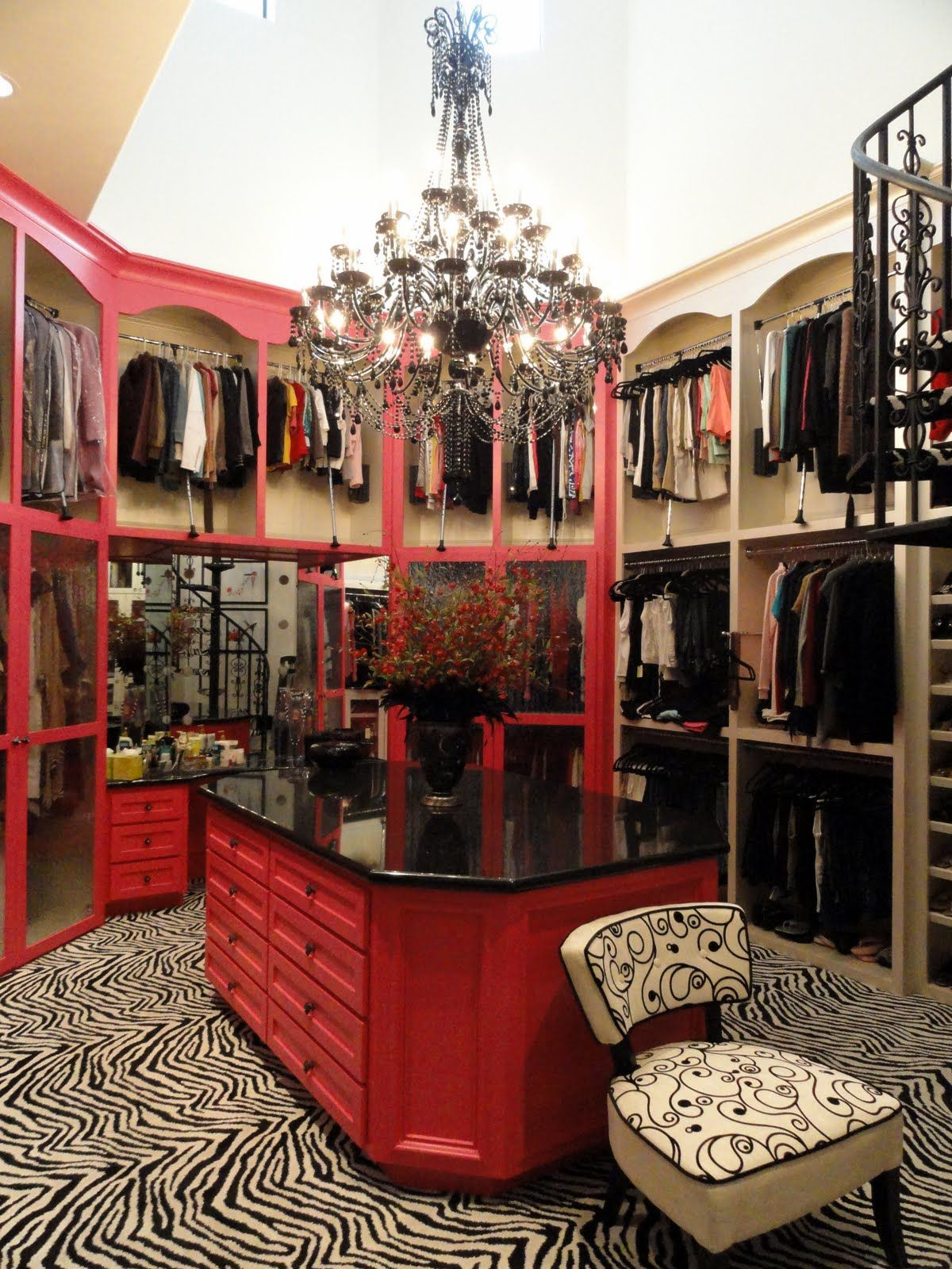 One of the most magnificent closets I've ever seen. This