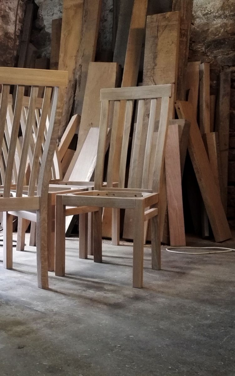 Oak Dining Chairs In The Making Makers Bespoke Furniture Moveis Boas Ideias Cadeiras