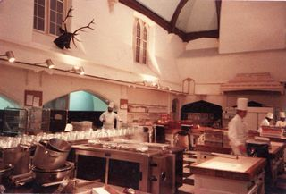Image result for buckingham palace kitchen | Queen in the Kitchen ...