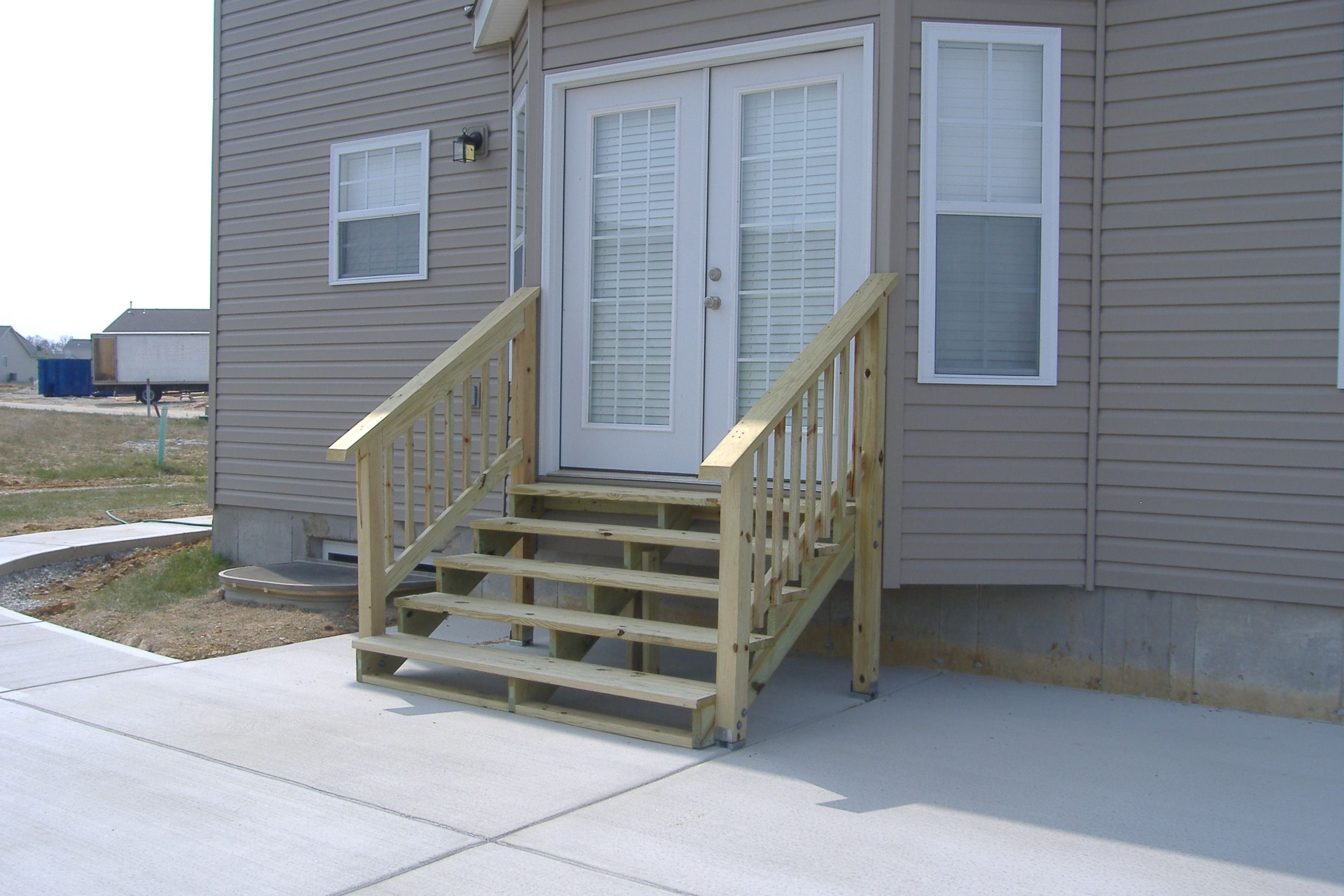 Best How To Build Exterior Wood Steps Patio Steps Building A 400 x 300