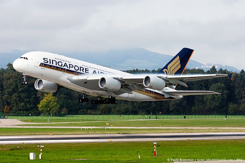 Singapore Airlines Airbus A380 Take Off With Images Singapore