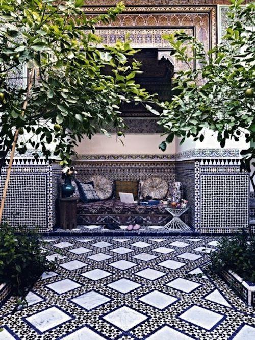 Stunning Moroccan Courtyards Moroccan Courtyard Outdoor Tiles Patio