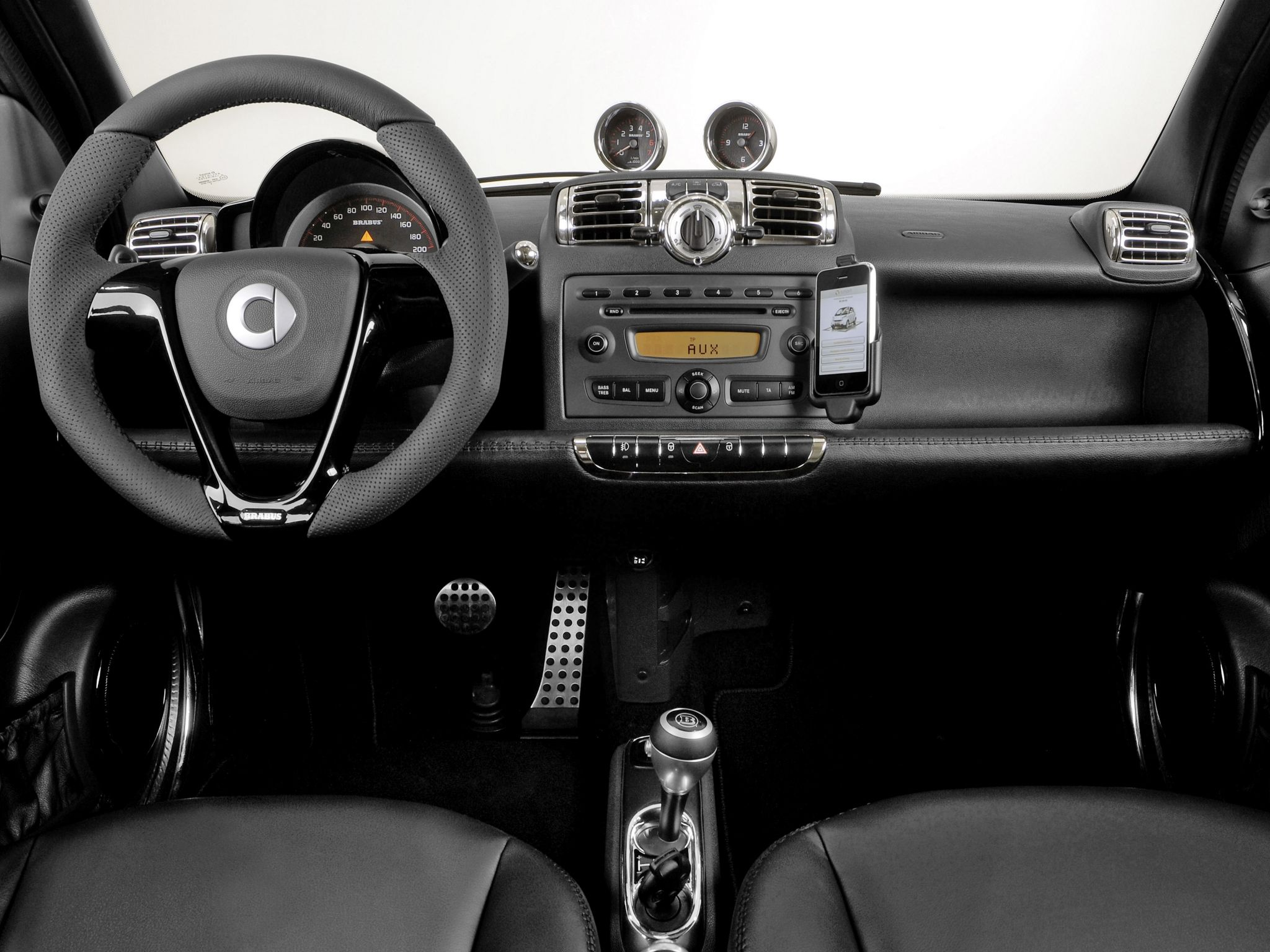 Interior Brabus Smart ForTwo Tailor Made \'2009–pr. | smart cars ...