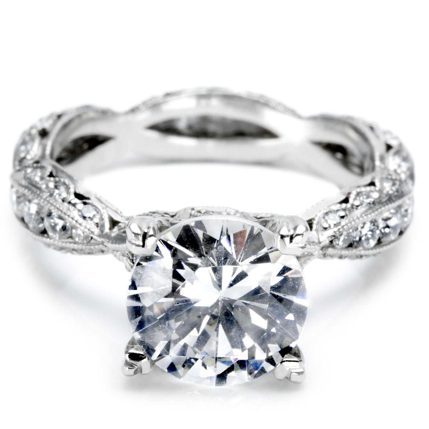Factors that Go Into the Price of an Engagement Ring At Last