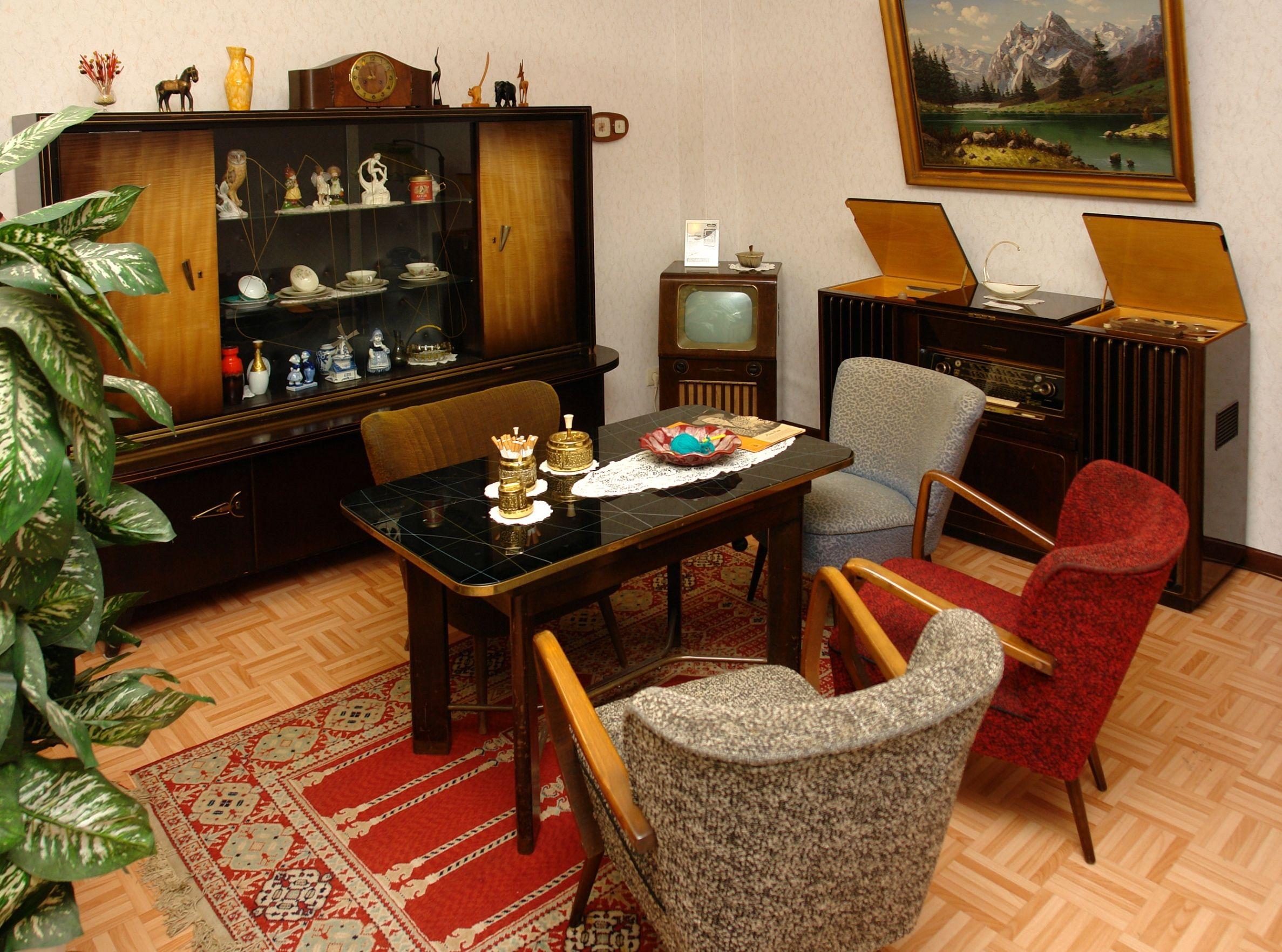 Wohnzimmermobel 60er Jahre Images Tagged With Phonoschrank On