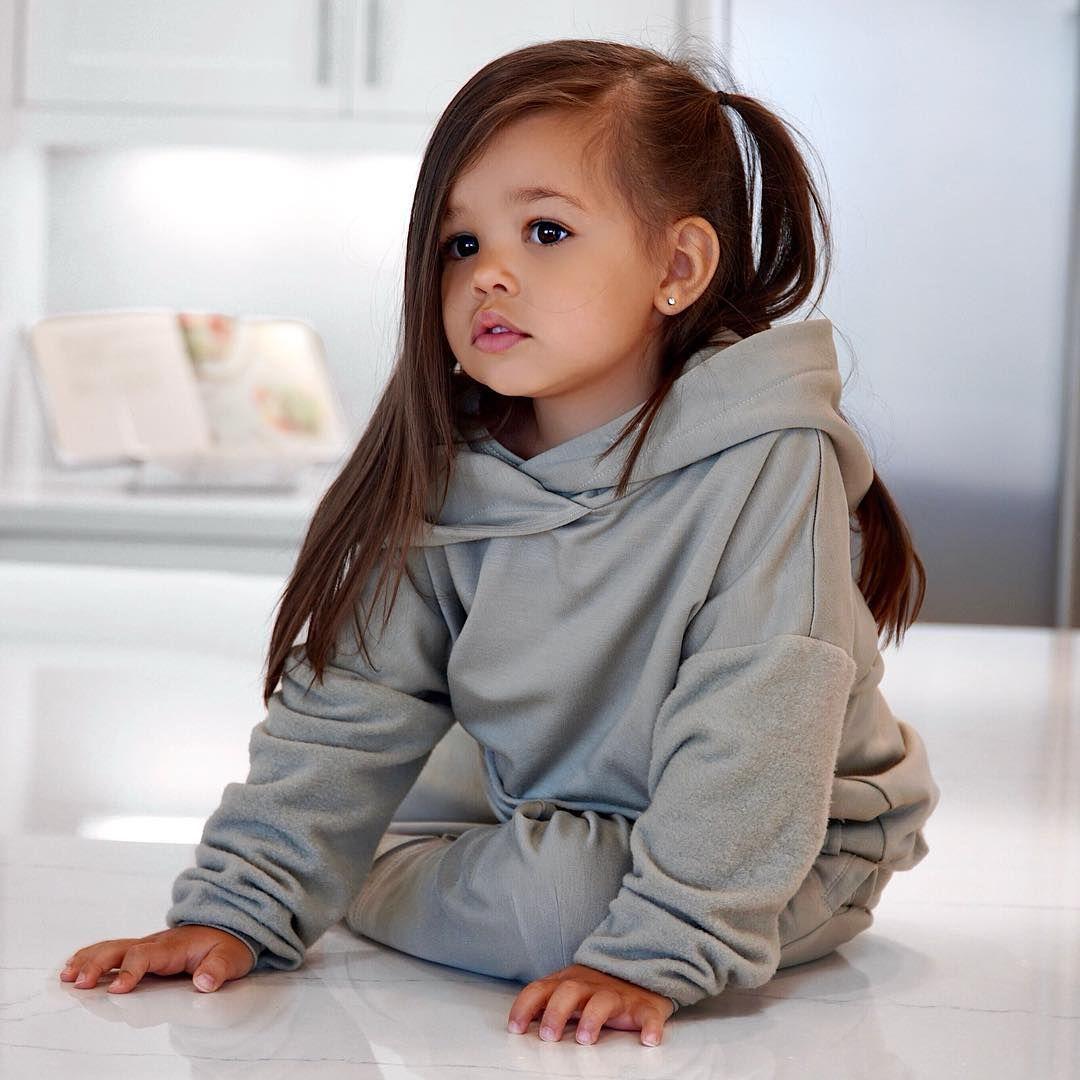 15Charming Child Models WeCould Gaze atForever