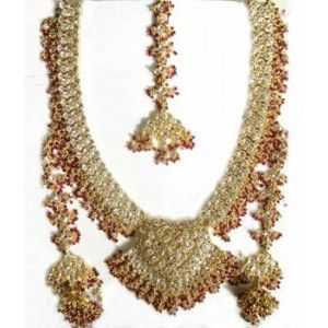 Find the best traditional Indian wedding jewellery in India