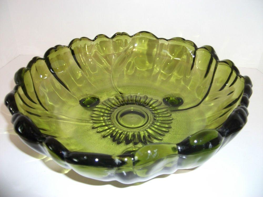 Vintage Small Petal Edge Metal Bowl