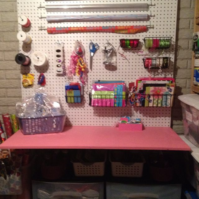 Sewing Room Gift Wrapping Room: Gift Wrapping Station