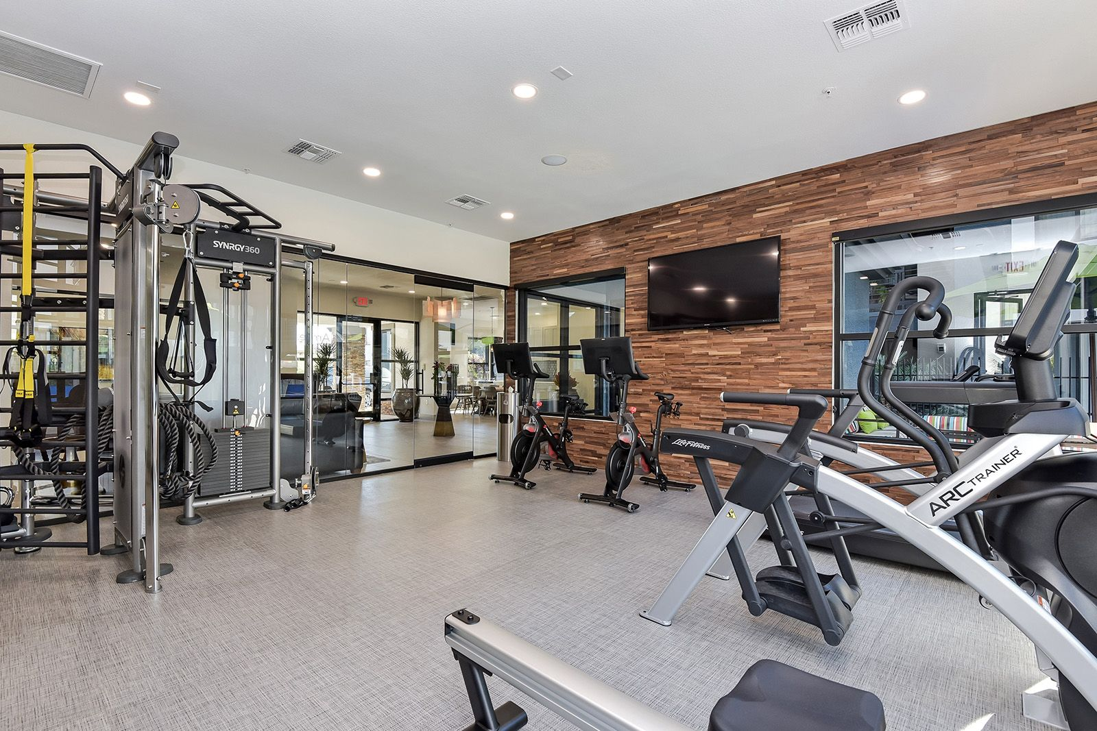 Get Your Sweat On Stick To Your Goals In Our Newly Renovated State Of The Art Fitness Center Arri Apartment Apartment Communities Pet Friendly Apartments