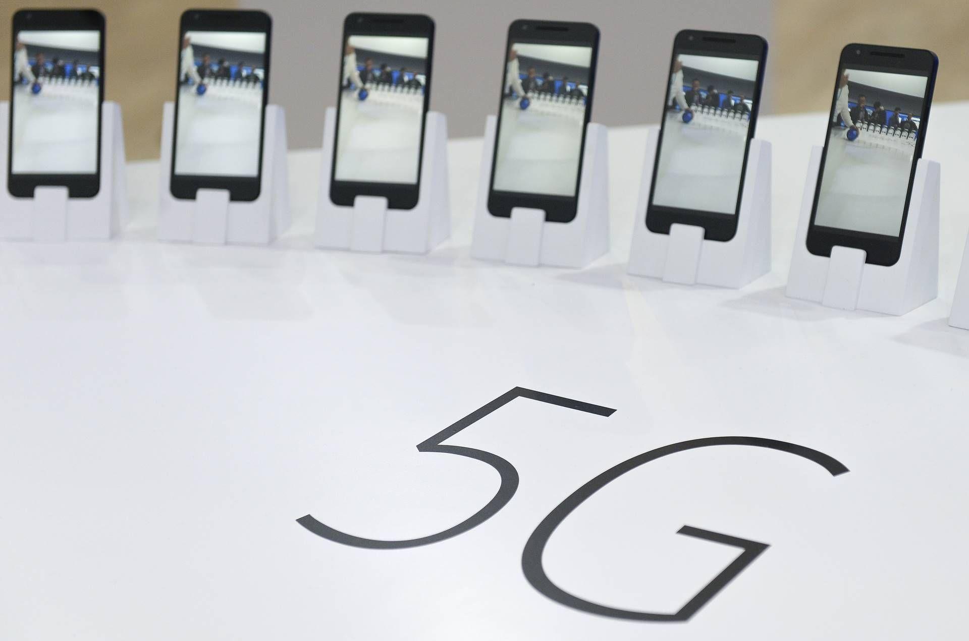 Handset, Smartphone, Mobile data